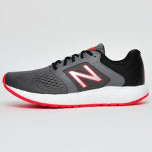 Mens New Balance Shoes, Size 8.5. Grey and Red